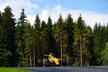 Jolyon Palmer at the 2016 Austrian Grand Prix